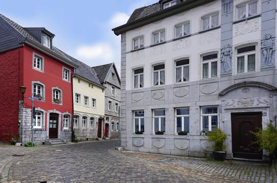 Maison illustrée en pierre bleue à Kornelimünster